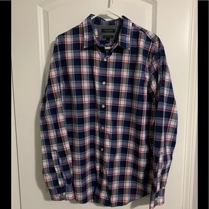 Banana Republic Grant Fit button down shirt